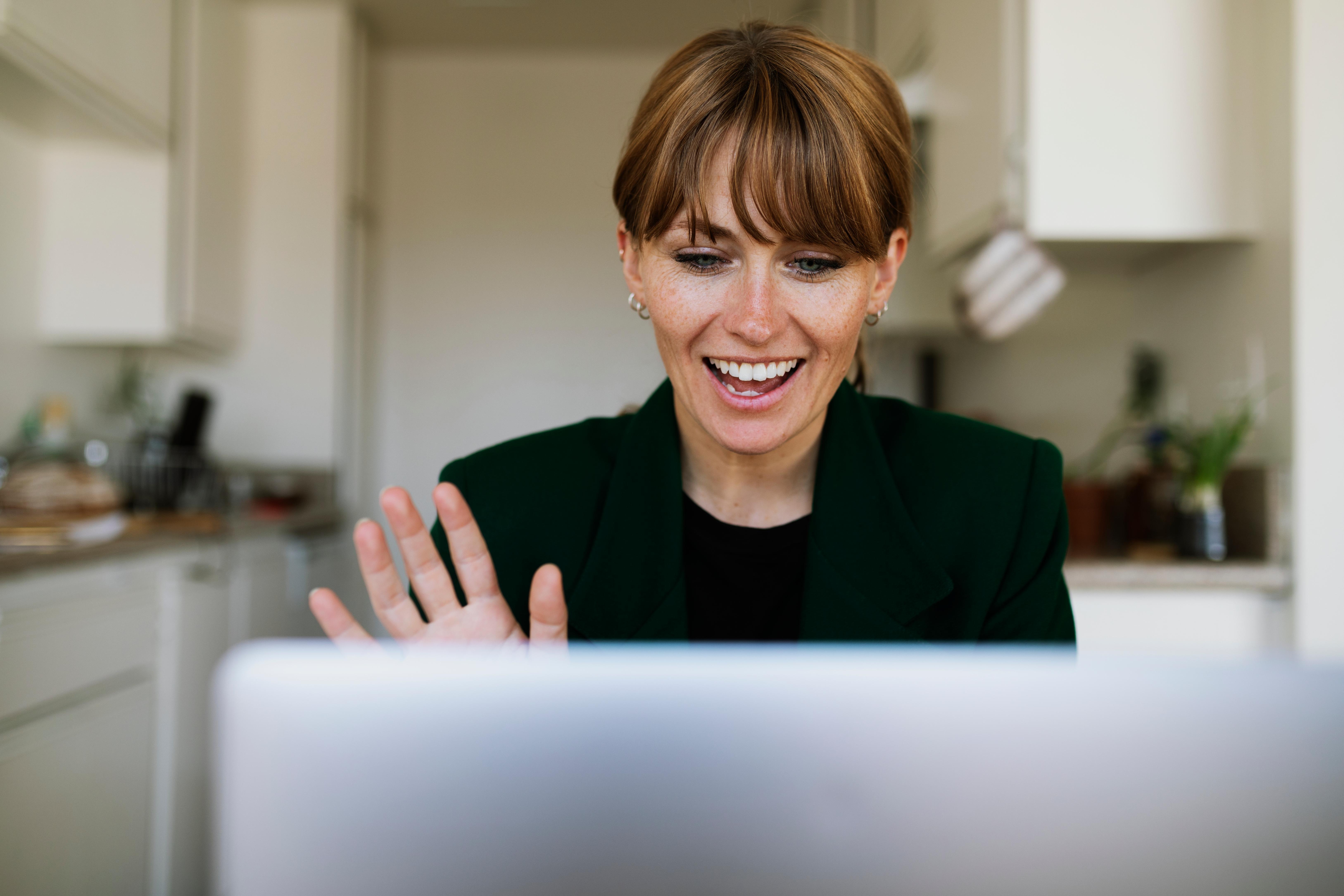 woman veneers smiling